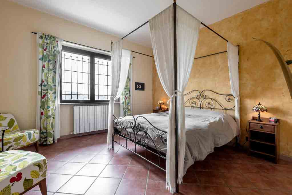 Master bedroom appartement Loggione